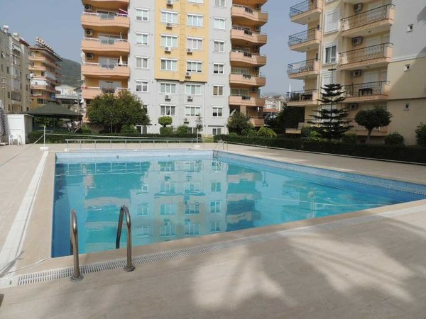 Fully furnished 1+1 apartment for sale in Alanya center near to Cleopatra