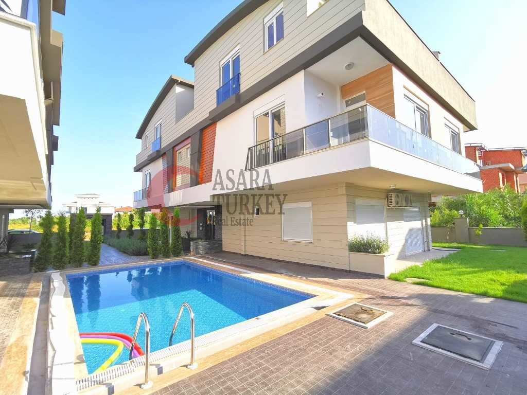 For sale three bedroom apartment in Güzeloba Lara Antalya