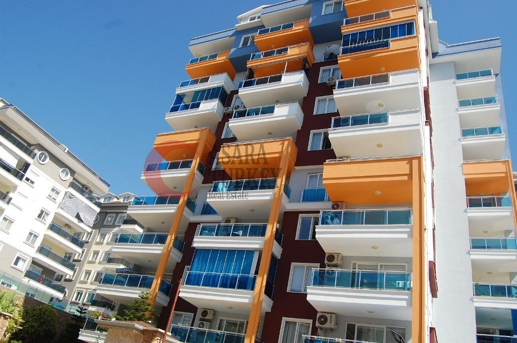 Four-room duplex apartment with sea views in Alanya - Tosmur
